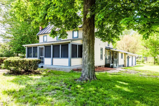 4960 Paw Paw Lake Road, Coloma, MI 49038 (MLS #18023131) :: Carlson Realtors & Development
