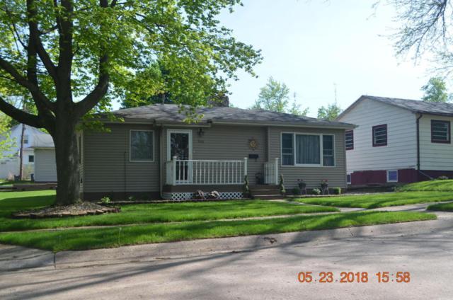 928 Wolcott Avenue, St. Joseph, MI 49085 (MLS #18023196) :: Carlson Realtors & Development