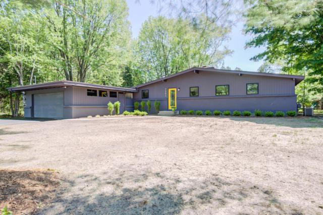 7352 Grachen Drive SE, Grand Rapids, MI 49546 (MLS #18023374) :: Carlson Realtors & Development