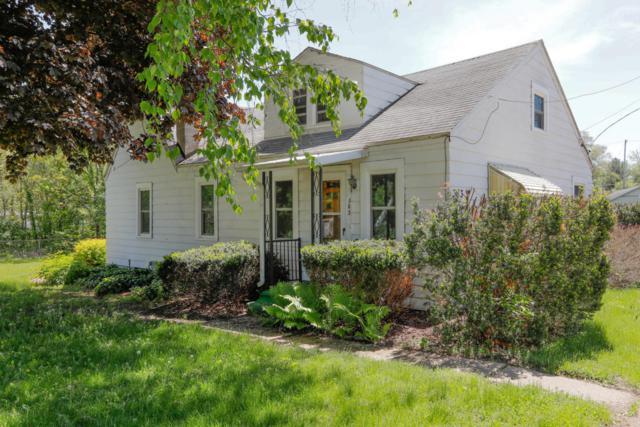 383 River Street, Kalamazoo, MI 49048 (MLS #18023396) :: Carlson Realtors & Development