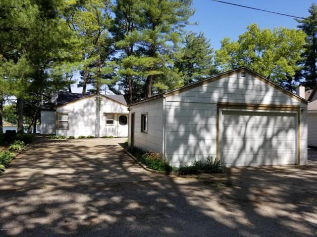 9581 Peninsula Drive, Grant, MI 49327 (MLS #18023405) :: Carlson Realtors & Development