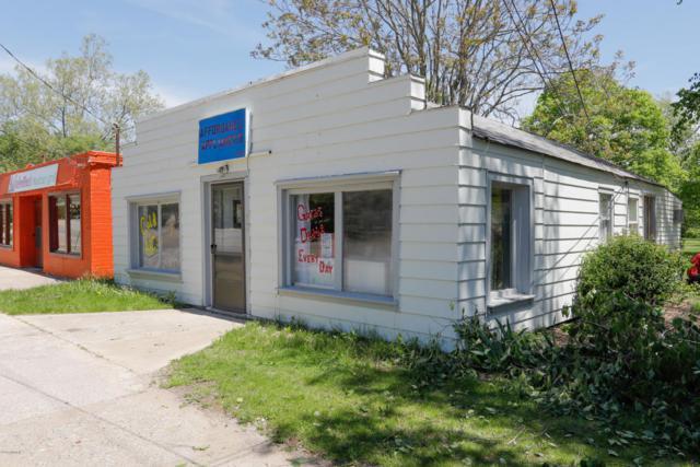 383 River Street, Kalamazoo, MI 49048 (MLS #18023409) :: Carlson Realtors & Development
