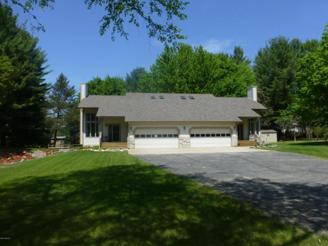 2072 W Hansen Road, Scottville, MI 49454 (MLS #18023445) :: 42 North Realty Group