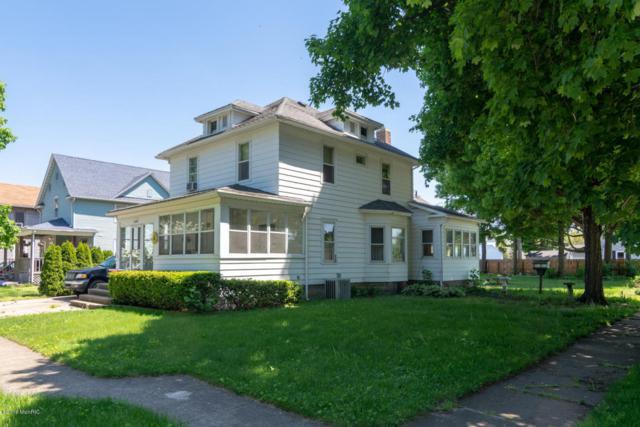 1104 Cedar Street, Niles, MI 49120 (MLS #18023505) :: Carlson Realtors & Development