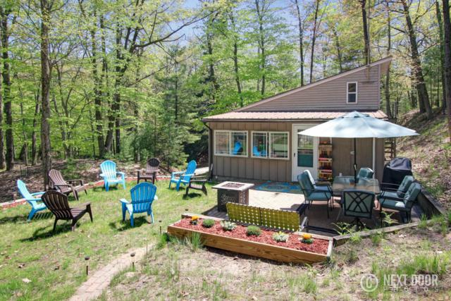 5922 W Sunset Lane, Pentwater, MI 49449 (MLS #18023510) :: 42 North Realty Group