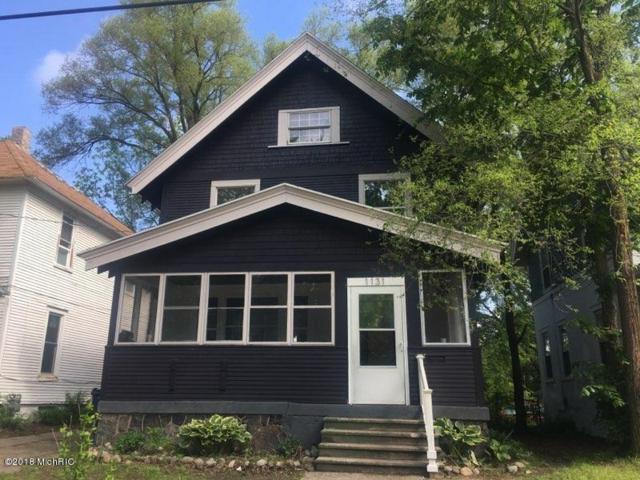 1131 Thomas Street SE, Grand Rapids, MI 49506 (MLS #18023512) :: Carlson Realtors & Development
