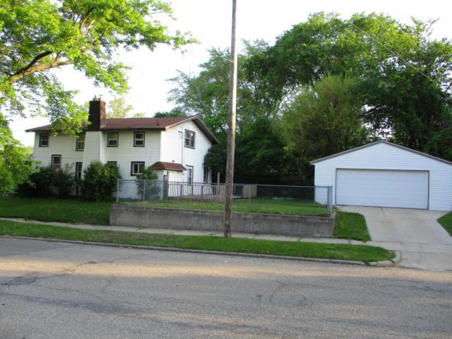 1830 Kalamazoo Avenue SE, Grand Rapids, MI 49507 (MLS #18023524) :: Carlson Realtors & Development