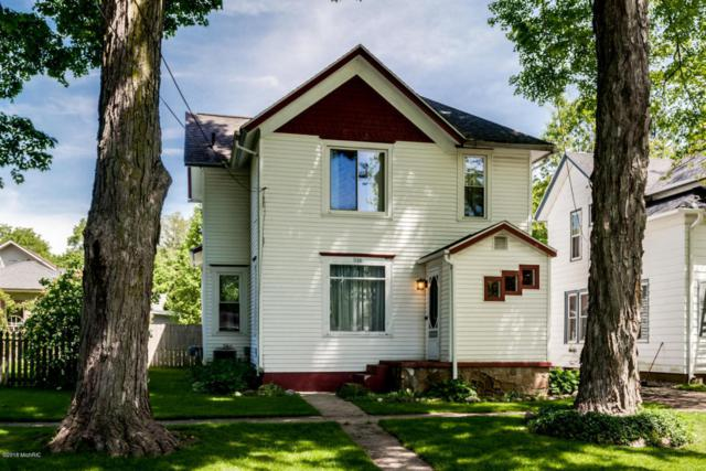 516 W Green Street, Marshall, MI 49068 (MLS #18023562) :: Carlson Realtors & Development