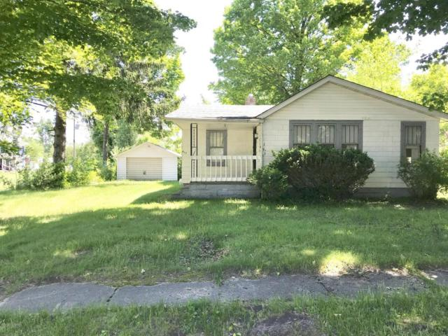 417 Hamilton Avenue, Bangor, MI 49013 (MLS #18024725) :: 42 North Realty Group