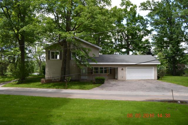 2355 Riverbank Avenue NE, Grand Rapids, MI 49525 (MLS #18025624) :: JH Realty Partners