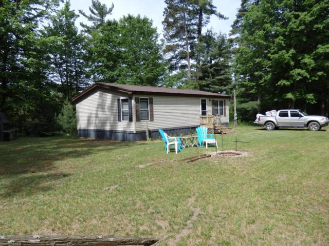 4910 White Pine Drive, Manistee, MI 49660 (MLS #18025679) :: 42 North Realty Group