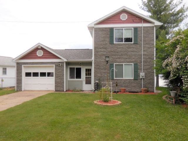 5682 W Cutler Road, Lakeview, MI 48850 (MLS #18025972) :: Carlson Realtors & Development