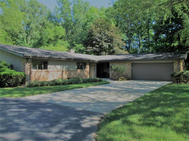 1555 Nichols Road, Benton Harbor, MI 49022 (MLS #18026210) :: Carlson Realtors & Development