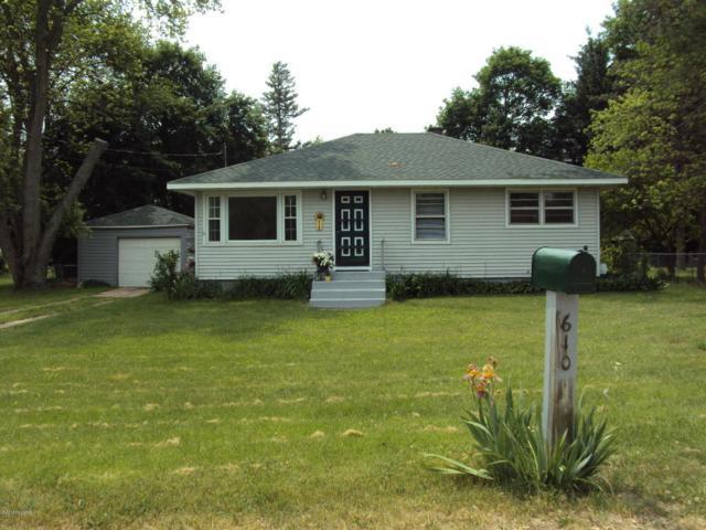 610 Cedar Street, Paw Paw, MI 49079 (MLS #18026324) :: 42 North Realty Group