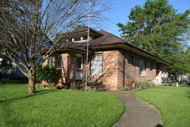 502 S Elm Street, Three Oaks, MI 49128 (MLS #18026385) :: Carlson Realtors & Development