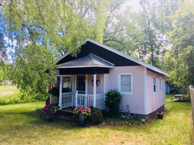 8523 W Silver Lake Road, Mears, MI 49436 (MLS #18026733) :: 42 North Realty Group