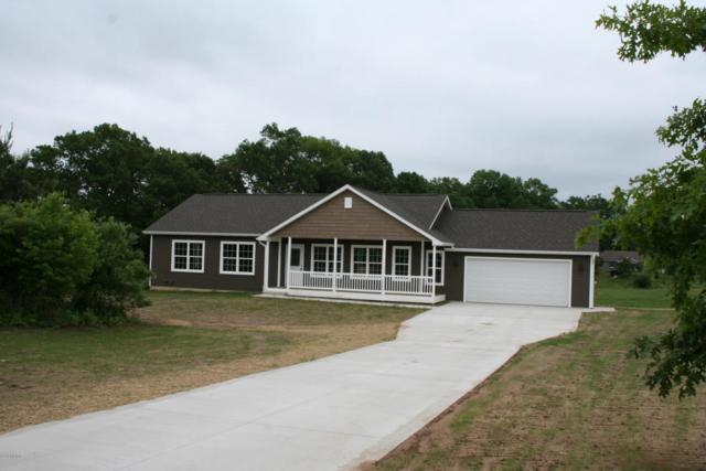10803 Pennycress Lane, Mattawan, MI 49071 (MLS #18026921) :: Matt Mulder Home Selling Team