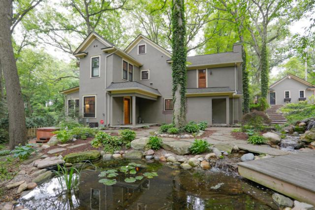 2202 Glenwood Drive, Kalamazoo, MI 49008 (MLS #18026965) :: Carlson Realtors & Development