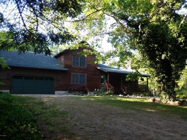9521 160th Avenue, West Olive, MI 49460 (MLS #18027048) :: 42 North Realty Group