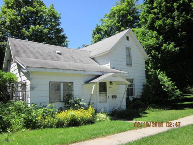 313 N Brown Street, Paw Paw, MI 49079 (MLS #18027145) :: 42 North Realty Group
