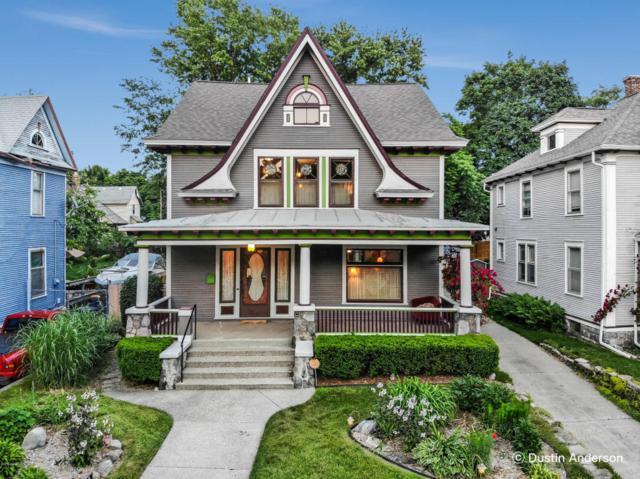 716 College Avenue SE, Grand Rapids, MI 49503 (MLS #18027230) :: JH Realty Partners