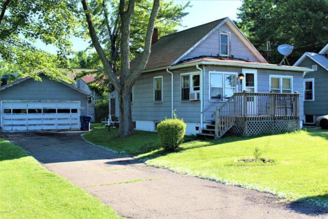 165 Collins Avenue, Benton Harbor, MI 49022 (MLS #18027344) :: 42 North Realty Group