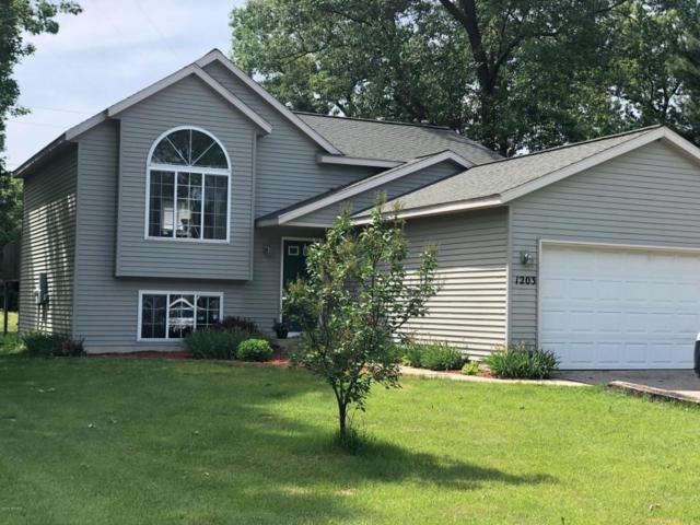 1203 Abby Court, Muskegon, MI 49442 (MLS #18027551) :: 42 North Realty Group