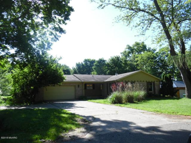 61015 Howell Drive, Cassopolis, MI 49031 (MLS #18027558) :: 42 North Realty Group