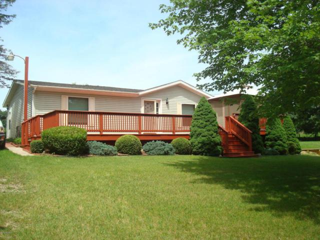 8070 Topinabee Drive, Montgomery, MI 49255 (MLS #18027827) :: 42 North Realty Group