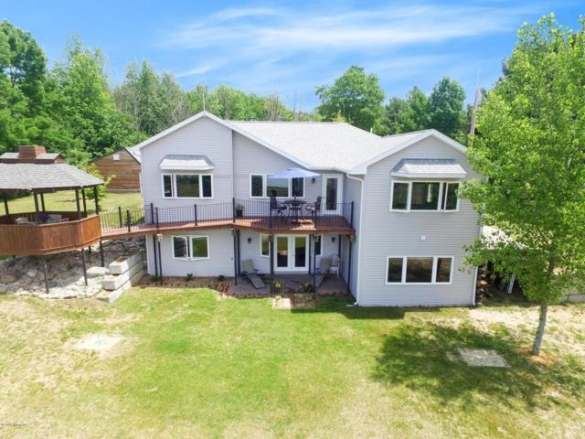 4745 S Lakeshore Drive, Ludington, MI 49431 (MLS #18027839) :: 42 North Realty Group
