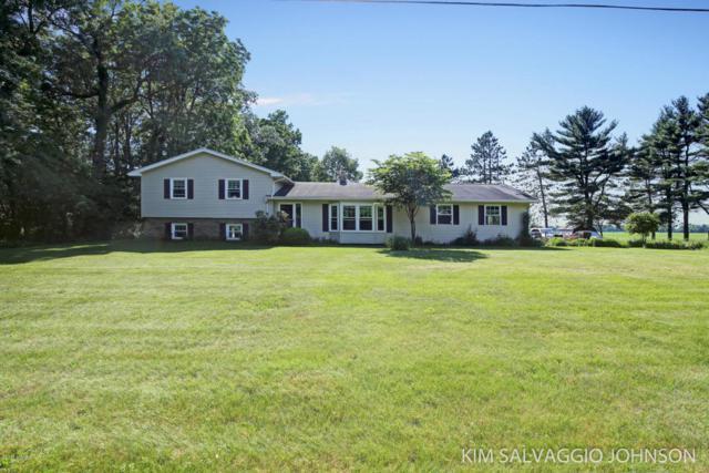 5289 N 36th Street, Richland, MI 49083 (MLS #18028057) :: Matt Mulder Home Selling Team