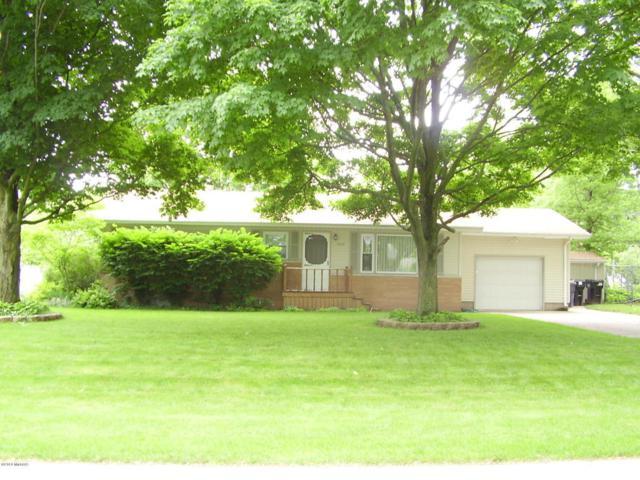 1624 N Cherry Street, Stevensville, MI 49127 (MLS #18028112) :: 42 North Realty Group