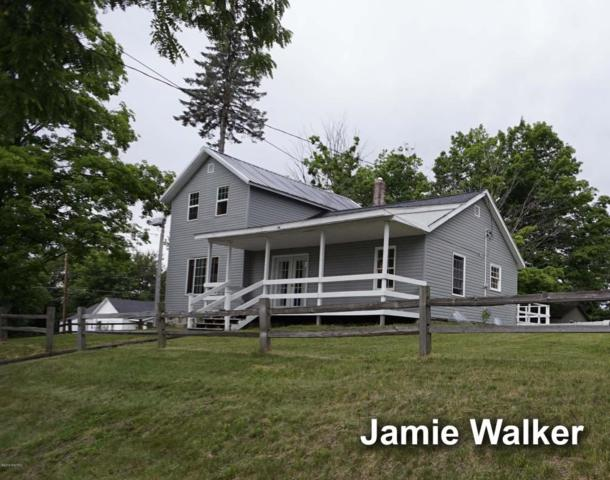 126 S Lincoln Street, Stanton, MI 48888 (MLS #18028148) :: 42 North Realty Group