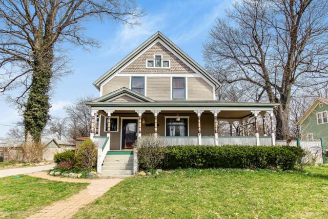 213 E 2nd Street, Lawton, MI 49065 (MLS #18028187) :: 42 North Realty Group
