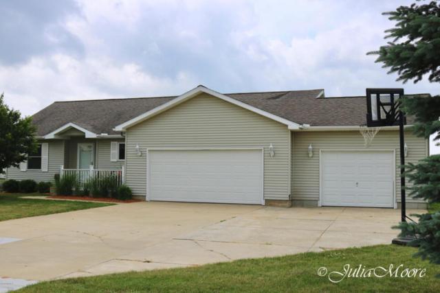 16519 Doe Drive NE, Cedar Springs, MI 49319 (MLS #18028267) :: 42 North Realty Group