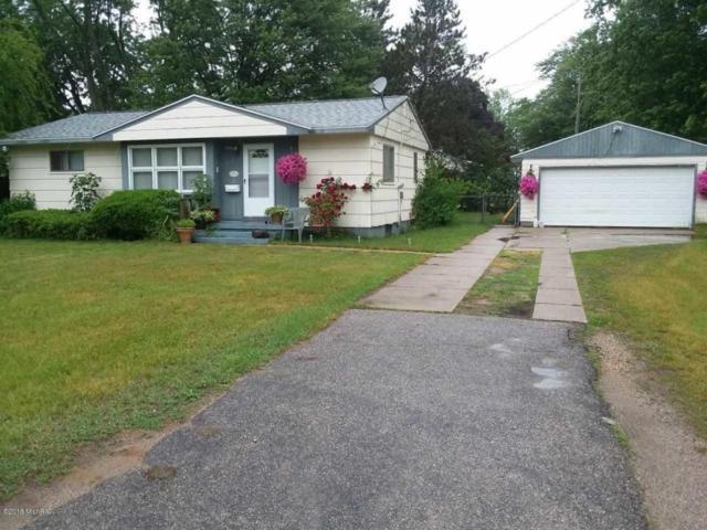 1970 Arbor Avenue, Norton Shores, MI 49441 (MLS #18028307) :: 42 North Realty Group