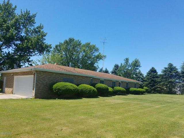 2350 N County Line Road, Watervliet, MI 49098 (MLS #18028560) :: Carlson Realtors & Development