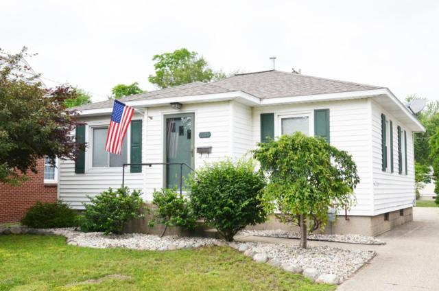1025 Waverly Avenue, Grand Haven, MI 49417 (MLS #18028617) :: 42 North Realty Group