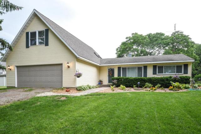 3627 Lakeshore Drive, St. Joseph, MI 49085 (MLS #18028824) :: 42 North Realty Group