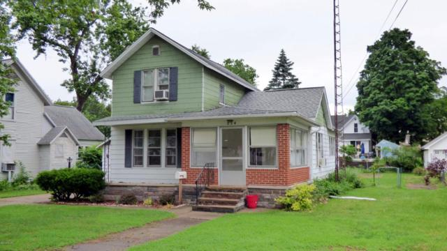 514 Spruce Street, Dowagiac, MI 49047 (MLS #18029085) :: 42 North Realty Group
