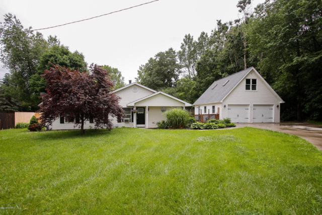 9438 E H Avenue, Kalamazoo, MI 49048 (MLS #18029128) :: Matt Mulder Home Selling Team