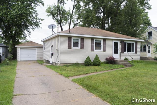 2341 Golden Street SW, Wyoming, MI 49519 (MLS #18029175) :: Matt Mulder Home Selling Team