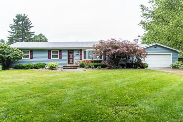 9573 E De Avenue, Richland, MI 49083 (MLS #18030143) :: Matt Mulder Home Selling Team