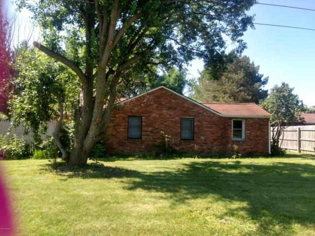 1200 Iroquois Trail, Hastings, MI 49058 (MLS #18030249) :: 42 North Realty Group