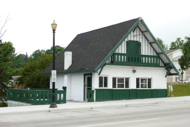 4575 Dowling Street, Montague, MI 49437 (MLS #18030579) :: 42 North Realty Group
