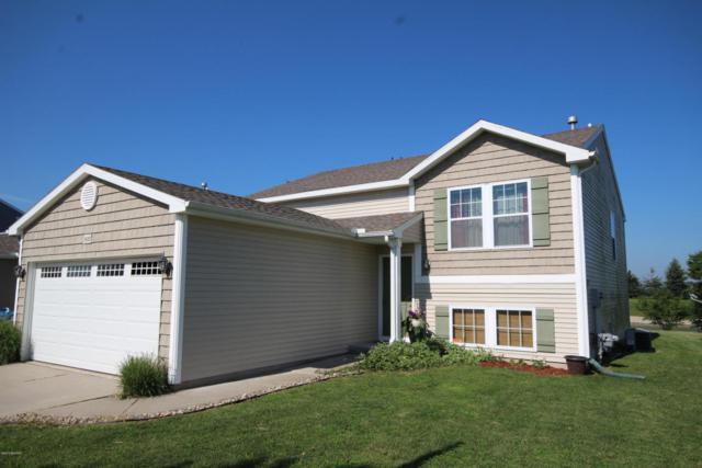 1632 Harper Grove Lane, Vicksburg, MI 49097 (MLS #18030587) :: Carlson Realtors & Development