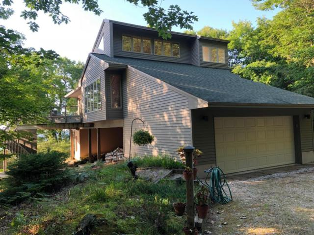 10058 Ivanhoe Drive, Onekama, MI 49675 (MLS #18030690) :: Deb Stevenson Group - Greenridge Realty