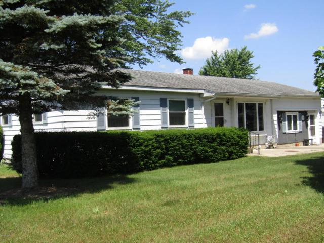 7642 Cr 687, South Haven, MI 49090 (MLS #18031426) :: 42 North Realty Group