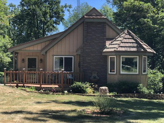 302 Ridgedale Drive, Roscommon, MI 48653 (MLS #18031566) :: 42 North Realty Group