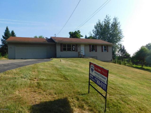 212 W Jefferson Street, Augusta, MI 49012 (MLS #18032456) :: Matt Mulder Home Selling Team